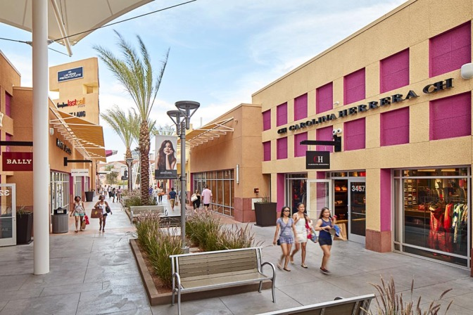 las-vegas-north-premium-outlets-12